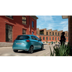 Renault ZOE Bleu Back Driving
